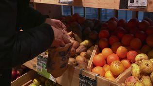 Consommation : comment expliquer les hausses de prix dans les rayons alimentaires ? (FRANCE 2)