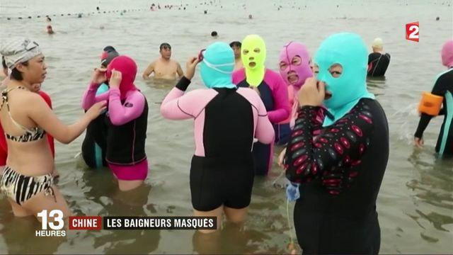 Chine : la tendance du facekini contre les UV