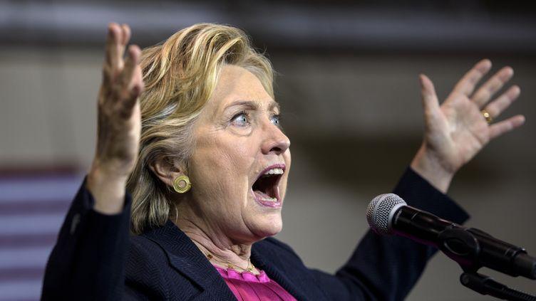 La candidate démocrate Hillary Clinton, le 27 septembre 2016, àRaleigh (Caroline du Nord). (BRENDAN SMIALOWSKI / AFP)