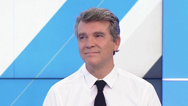 """Prix de l'énergie : pour Arnaud Montebourg, """"l'absurdité de la réglementation européenne doit cesser"""" (CAPTURE D'ECRAN """"DIMANCHE EN POLITIQUE"""" / FRANCE 3)"""