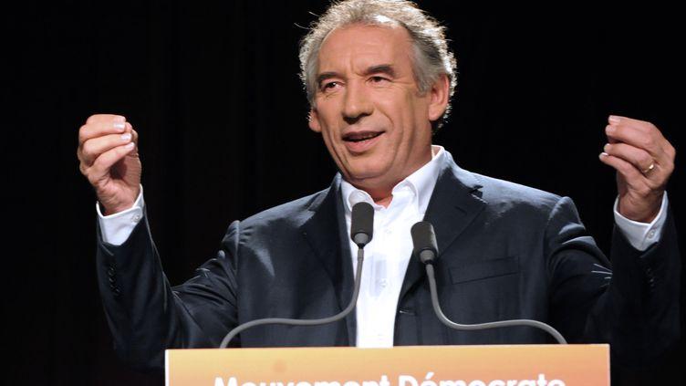 François Bayrou, à Guidel (Morbihan), le 30 septembre 2012. (FRED TANNEAU / AFP)