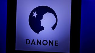 (Logo Danone)