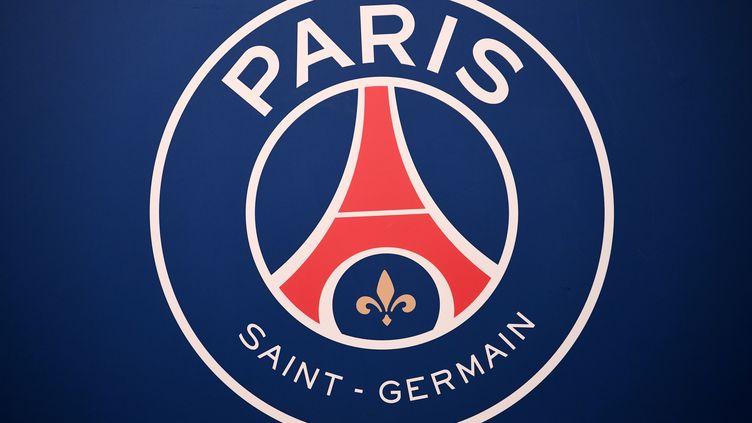 Le logo du PSG (FRANCK FIFE / AFP)