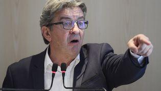 Jean-Luc Mélenchon, leader de La France insoumise, lors d'une conférence de presse, à Paris, le 12 septembre 2019. (LIONEL BONAVENTURE / AFP)