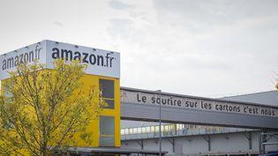 Un dépôt Amazon à Saran (Loiret), en octobre 2018. (GUILLAUME SOUVANT / AFP)