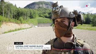 Le caporal-chef Maxime Blasco est interviewé par France 2 en juin 2020. (FRANCE 2)