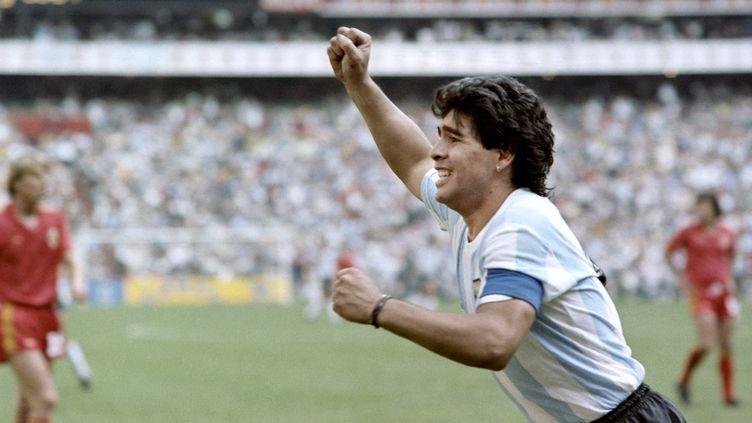 L'Argentin Deigo Maradona après avoir marqué un but contre la Belgique, le 25 juin 1986 à Mexico (Mexique). (STAFF / AFP)