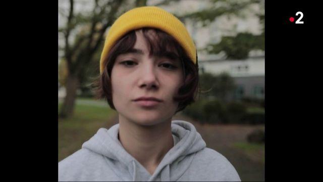 Société : Érine, 19 ans, détaille son quotidien d'étudiante précaire