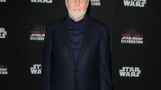 Le compositeur John Williams le 13 avril 2017 à Orlando, en Floride, pour une célébration des 40 ans de Star Wars (GERARDO MORA / GETTY IMAGES NORTH AMERICA / AFP)