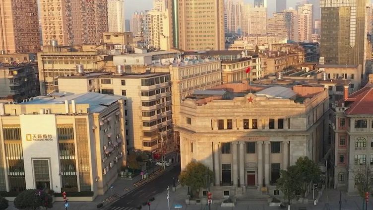 Covid-19 : À Wuhan, retour à la vie normale (France 2)