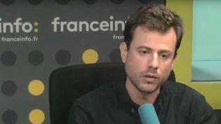 """Paul Vannier, porte-parole éducation de Jean-Luc Mélenchon, invité de """"L'interview J-1"""", jeudi 31 août 2017. (FRANCEINFO)"""