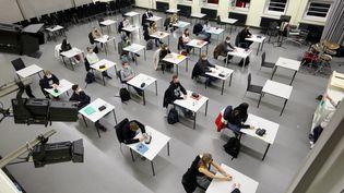 Un cours d'anglais dans un lycée en Allemagne (11 janvier 2021). (BERND WUSTNECK / DPA-ZENTRALBILD)