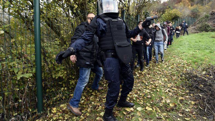 Exercice attentat-intrusion en Meurthe-et-Moselle au lycée Bertrand Schwartzde Pompey. (L'EST REPUBLICAIN / MAXPPP)