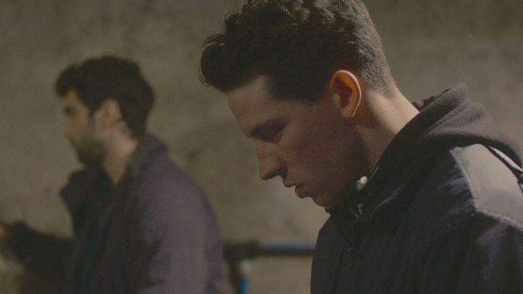 "Alec Secareanu et Josh O'Connor dans ""Seule la terre"" de Francis Lee  (Salzgeber & CO. Medien GmbH)"
