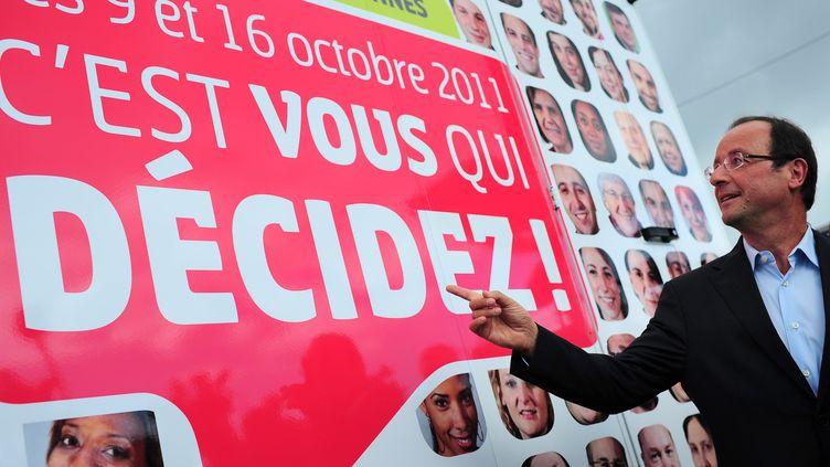 Le candidat PS à la présidentielle, François Hollande, le 27 août 2011 à La Rochelle (Charente-Maritime). (JULIEN MUGUET /IP3 PRESS / MAXPPP)