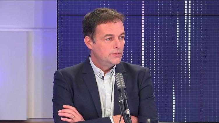 Christophe Robert, délégué général de la Fondation Abbé Pierre, vendredi 16 octobre 2020 sur franceinfo. (FRANCEINFO / RADIOFRANCE)