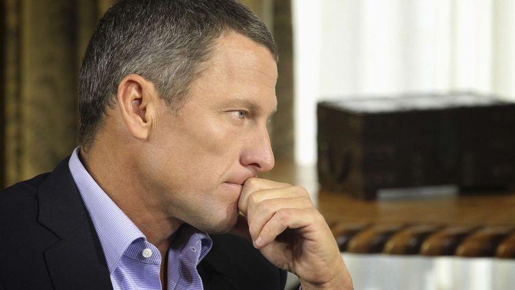 Lance Armstrong lors de l'enregistrement de son entretien avec l'animatrice Oprah Winfrey, le 14 janvier 2013 à Austin (Texas). (GEORGE BURNS / AP / SIPA)