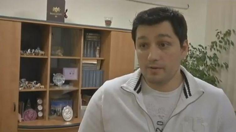 Paul Soneriu, le gérant de l'abattoir Carmolimp, refuse toute implication dans un acte illégal. (FRANCE 2 / FRANCETV INFO)