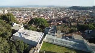 La villa Noailles à Hyères dans le Var est un château cubiste construit dans les années folles, à la demande d'un couple de mécènes avant-gardiste. (FRANCE 2)