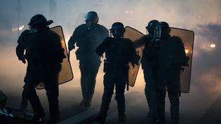Des CRS lors d'une manifestation contre les violences policières à Paris, le 2 juin 2020. (GABRIELLE CAZARD / HANS LUCAS / AFP)