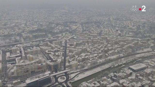 Neige : l'Ile-de-France paralysée