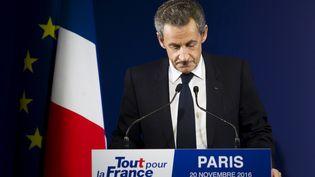 Nicolas Sarkozy au soir de sa défaite au premier tour de la primaire de la droite, le 20 novembre 2016 à Paris. (LEWIS JOLY / SIPA)