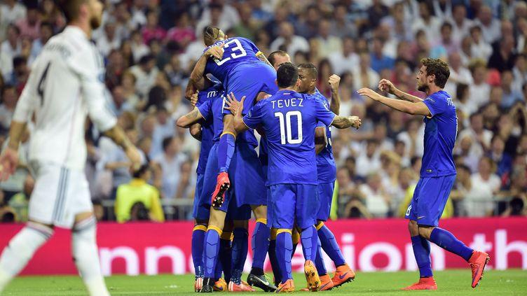 Victorieux lors du match aller, les Italiens ont éliminé le Real Madrid en Espagne, mercredi 13 mai 2015, en demi-finale retour de la Ligue des champions. (GERARD JULIEN / AFP)