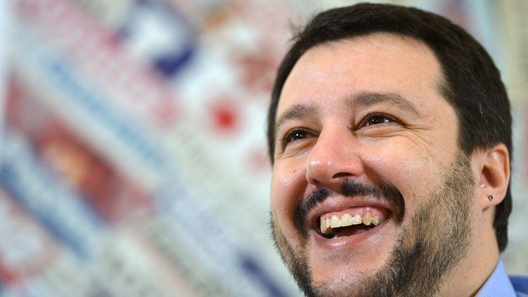 Matteo Salvin, secrétaire fédéral de la Ligue du Nord, lors d'une conférence de presse à Rome (Italie), le 12 février. (GABRIEL BOUYS / AFP)