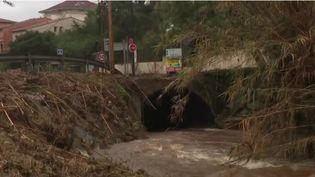 Un cours d'eau dont la crue a provoqué des dégâts dans le Var en octobre 2018 (CAPTURE ECRAN FRANCE 2)