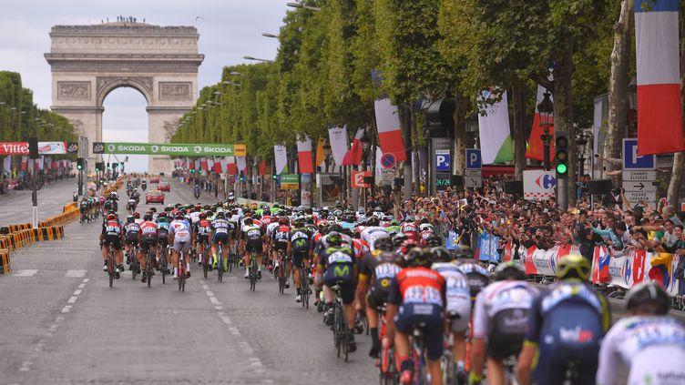 L'arrivée du Tour de France 2017 sur les Champs-Elysées. (DE WAELE TIM / TDWSPORT SARL)