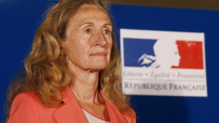 La ministre de la Justice, Nicole Belloubet, lors de la passation de pouvoir à la chancellerie, à Paris, le 22 juin 2017. (GEOFFROY VAN DER HASSELT / AFP)