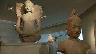 Le musée Guimet (Paris) accueille une importante collection d'arts asiatiques. Pour inciter le grand public à pousser ses portes, le musée mise sur les expositions temporaires. (France 3)