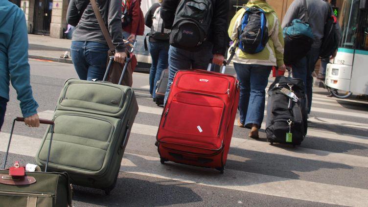 Comment se faire rembourser ses réservations de voyage en train, en avion, voiture, en cette période inédite en France depuis la guerre. (illustration). (BRUNO LEVESQUE / MAXPPP)