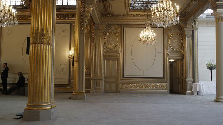 La salle des fêtes de l'Elysée après rénovation, à Paris, le 1er février 2019. (MICHEL EULER / AFP)