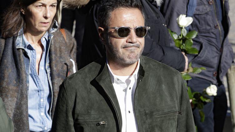 L'acteur José Garcia aux obsèques de Philippe Gildas, le 5 novembre 2018 au cimetière du Père-Lachaise à Paris. (GEOFFROY VAN DER HASSELT/AFP)