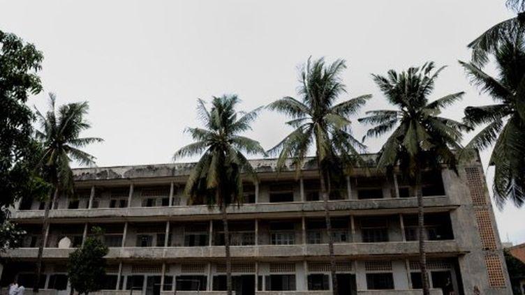 La prison khmer S1, où furent envoyés des milliers de Cambodgiens de 1975 à 1979. (NICOLAS ASFOURI / AFP)