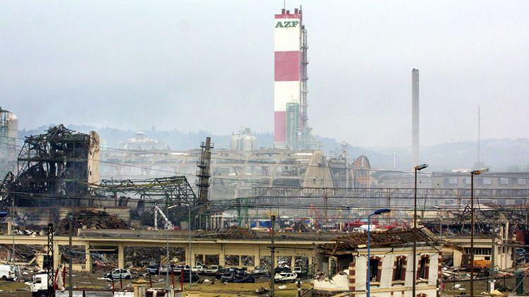 (L'explosion de l'usine AZF a causé 31 morts et 2500 blessés le 21 septembre 2001 © MAXPPP)