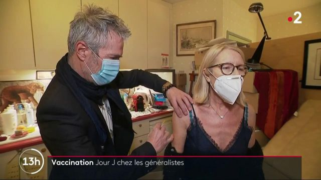 Covid-19 : les médecins généralistes peuvent désormais vacciner certains de leurs patients
