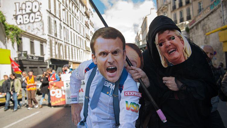 Dans le cortège de la manifestation du 1er mai 2017, à Paris. (BERTRAND LANGLOIS / AFP)