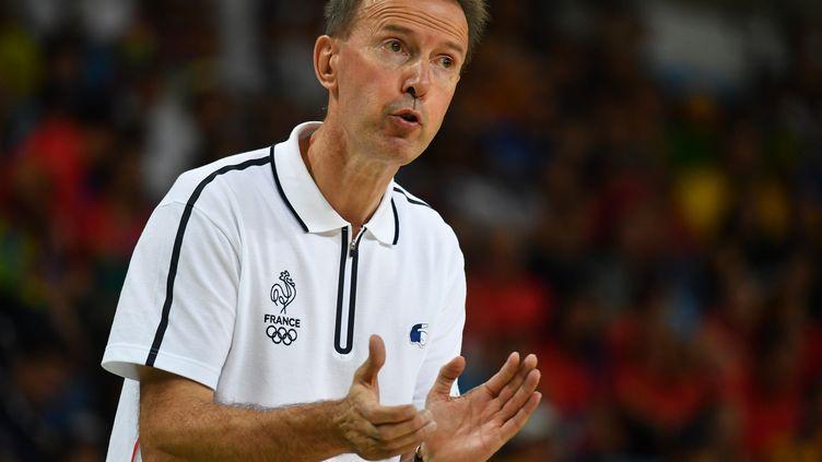 L'entraîneur de l'équipe de France Vincent Collet  (ANDREJ ISAKOVIC / AFP)