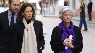 Dominique Erignac et ses deux enfants,Marie-Christophine et Charles Antoine, à Ajaccio, le 6 février 2018. (LUDOVIC MARIN / POOL)