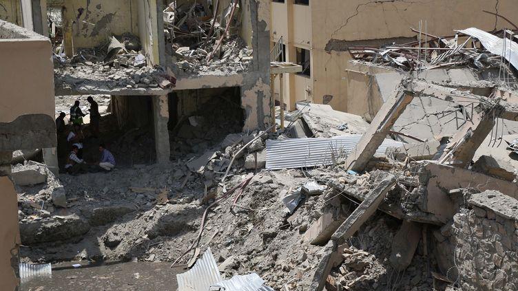 Sur les lieux de l'attentat, à Kaboul(Afghanistan), mercredi 7 août 2019. (STR / WK / AFP)