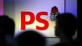 Le logo du Parti socialiste, lors des universités d'été du parti à La Rochelle (Charente-Maritime), le 24 août 2012. (REGIS DUVIGNAU / REUTERS)