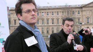Florent Gueguen, à gauche, à Paris, le 5 décembre 2012. (JACQUES DEMARTHON / AFP)