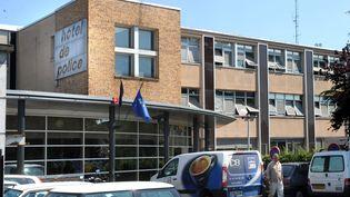 Le commissariat central d'Orléans était, selon les informations de France 2, une des cibles envisagées par les deux suspects de l'attentat déjoué annoncé par Bernard Cazeneuve le 22 décembre 2015. (MAXPPP)