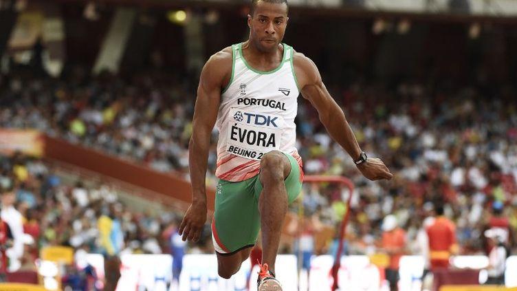 Le Portugais Evora, champion olympique du triple saut en 2008 à Pékin (FRANCK FIFE / AFP)