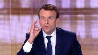 Emmanuel Macron pendant le débat de l'entre-deux-tours, le 3 mai 2017. (AFP)