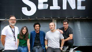 Thomas Langlois à gauche, avec les autresprogrammateurs de Rock en Seine 2018 et 2019 Marion Gabbai, Ruddy Aboab, Arnaud Meersseman et Pascal Stirn. (CHRISTOPHE CRENE / ROCK EN SEINE)