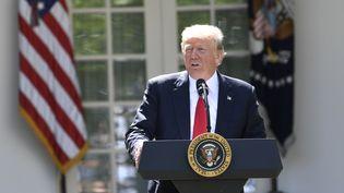 Donald Trump lors de l'annonce du retrait des Etats-Unis de l'accord de Paris sur le climat, jeudi 1er juin 2017 à la Maison Blanche. (SAUL LOEB / AFP)