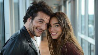 Photo d'Amir et Alma du 24 avril 2017. Amir est arrivé 6e du concours de l'Eurovision 2016, et Alma représente la France au concours 2017, à Kiev (Ukraine). (ERIC VERNAZOBRES/FTV)